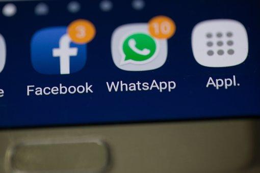 Putem folosi ca probe conversațiile din WhatsApp, Facebook Messenger și alte platforme?