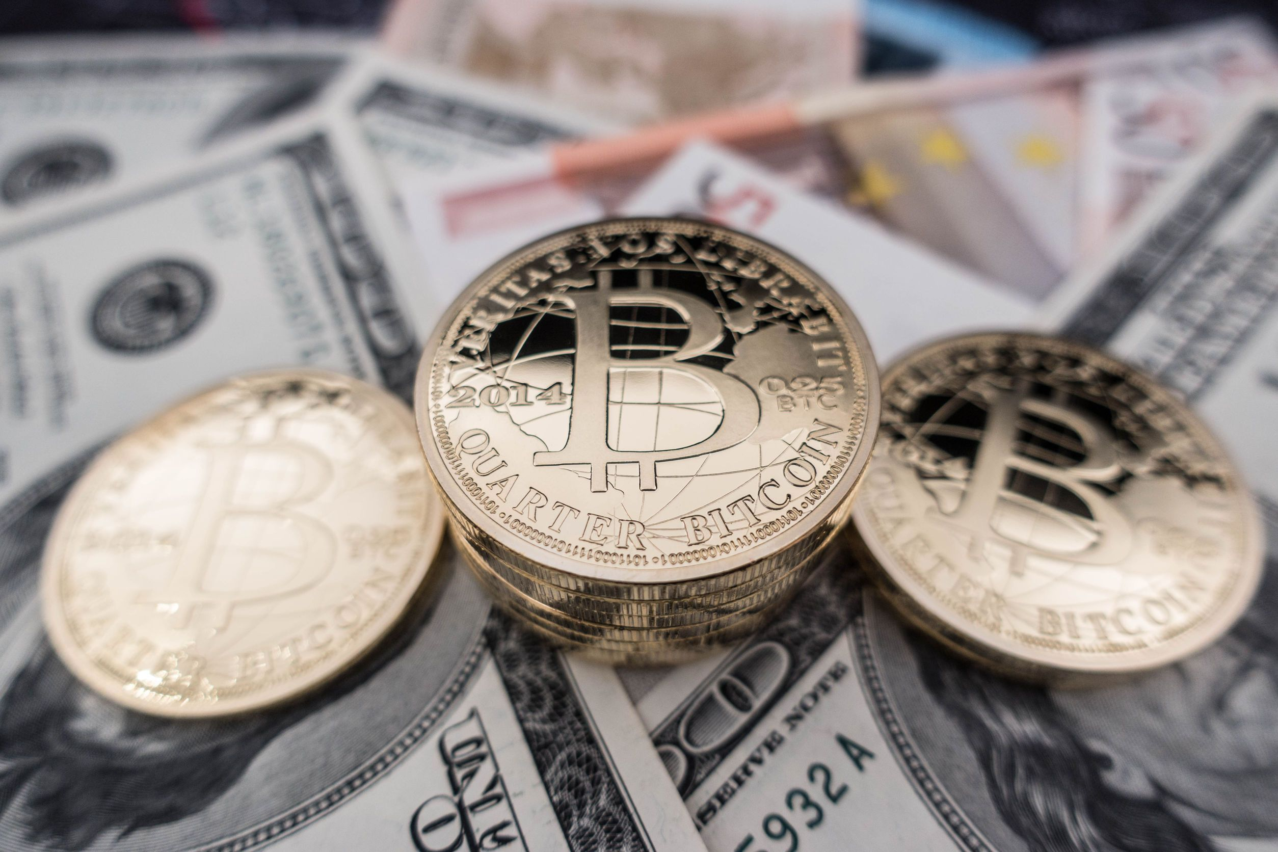 2020 se plateste impozit pe bitcoin si alte criptomonede(coltucsiasociatii.ro)