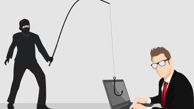 Cum să se ferească firmele de fraudele online sau telefonice (coltucsiasociatii.ro)