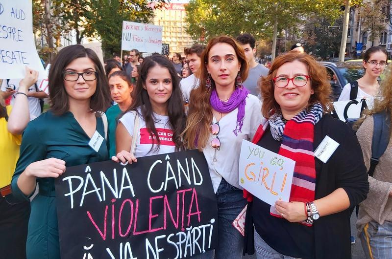 De ce violența domestică nu a ajuns încă subiect de dezbatere reală în România ?(DE CE)